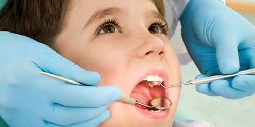 child at dental cleaning